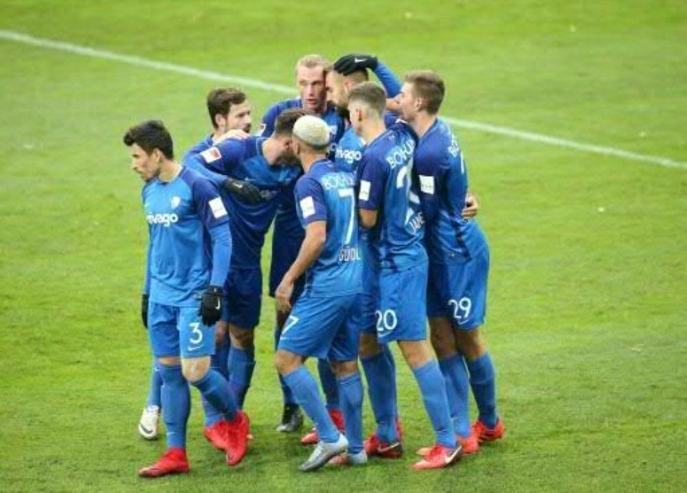 Bochum zieht durch den Sieg an Regensburg vorbei