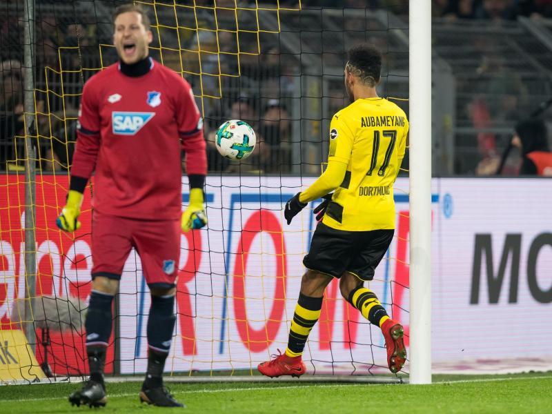 Erzielte für Dortmund gegen Hoffenheim den Ausgleich:Pierre-Emerick Aubameyang (r). Foto: Guido Kirchner
