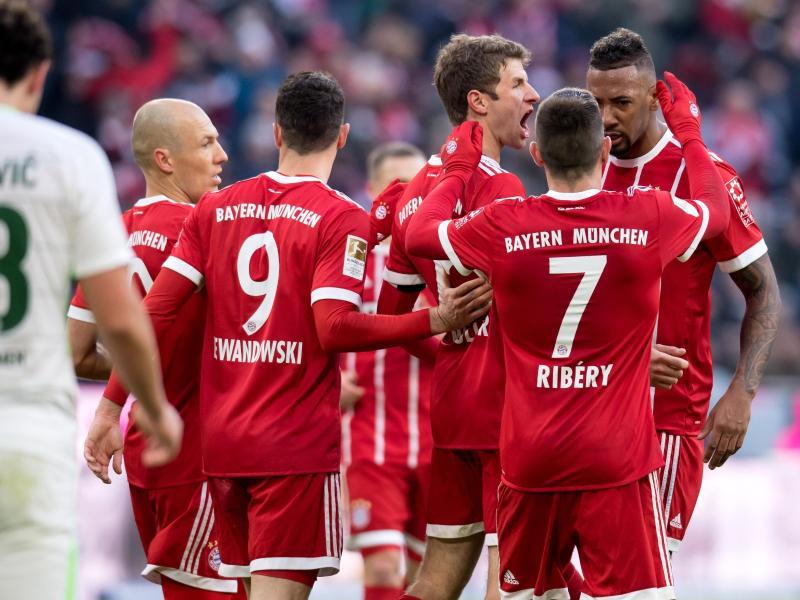 Der FC Bayern gewinnt gegen den SV Werder Bremen mit 4:2. Foto: Sven Hoppe