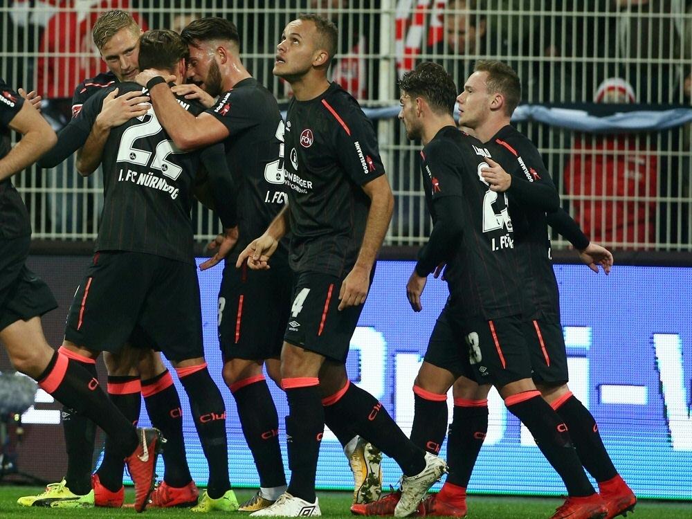 Ewerton (M.) erzielt den Siegtreffer für Nürnberg