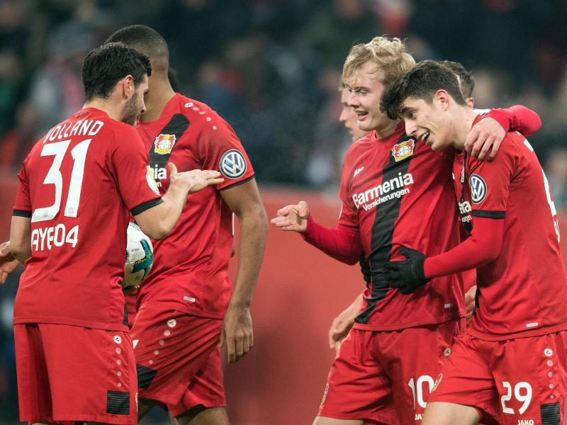Bayer Leverkusen steht nach dem 4:2 gegen Werder Bremen im Pokal-Halbfinale. Foto: Federico Gambarini