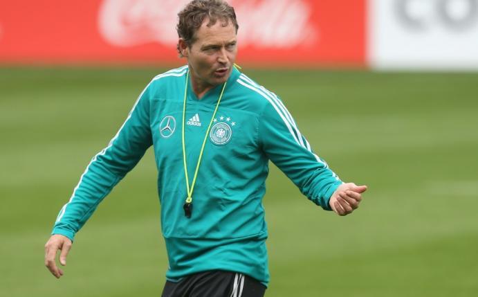 Foto: DFB-Team: Erstes Training mit Rumpfteam - auch Löw fehlt