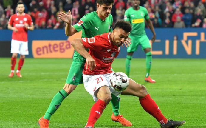 Foto: Mainz 05 zieht Option bei Onisiwo - Stürmer bleibt bis 2020