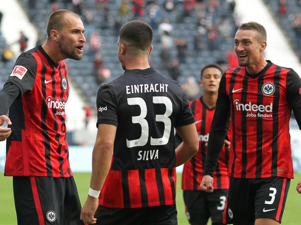 Bas Dost (l.) erzielte den Siegtreffer für Frankfurt