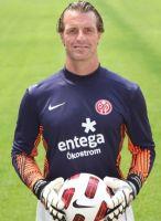 Der bekennende Schalker verhalf Dortmund mit seinen Paraden an die Spitze: Christian Wetklo
