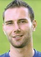Legte mit drei Treffern die Grundlage für den ersten Kieler Sieg: Michael Holt