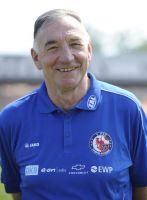 Sein fünfter Meistertitel: Potsdams Trainer Bernd Schröder